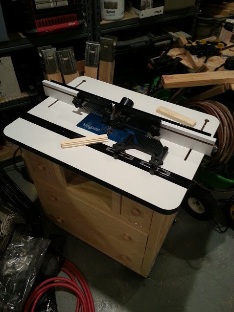 Ana white router table w rockler table fence and lift diy projects router table w rockler table fence and lift keyboard keysfo Gallery