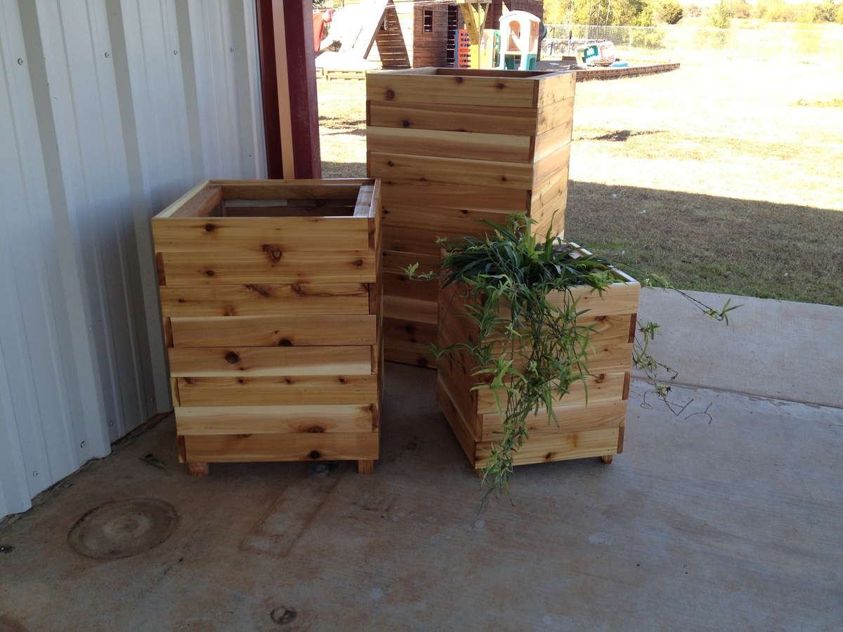 ana white tall cedar planters diy projects. Black Bedroom Furniture Sets. Home Design Ideas