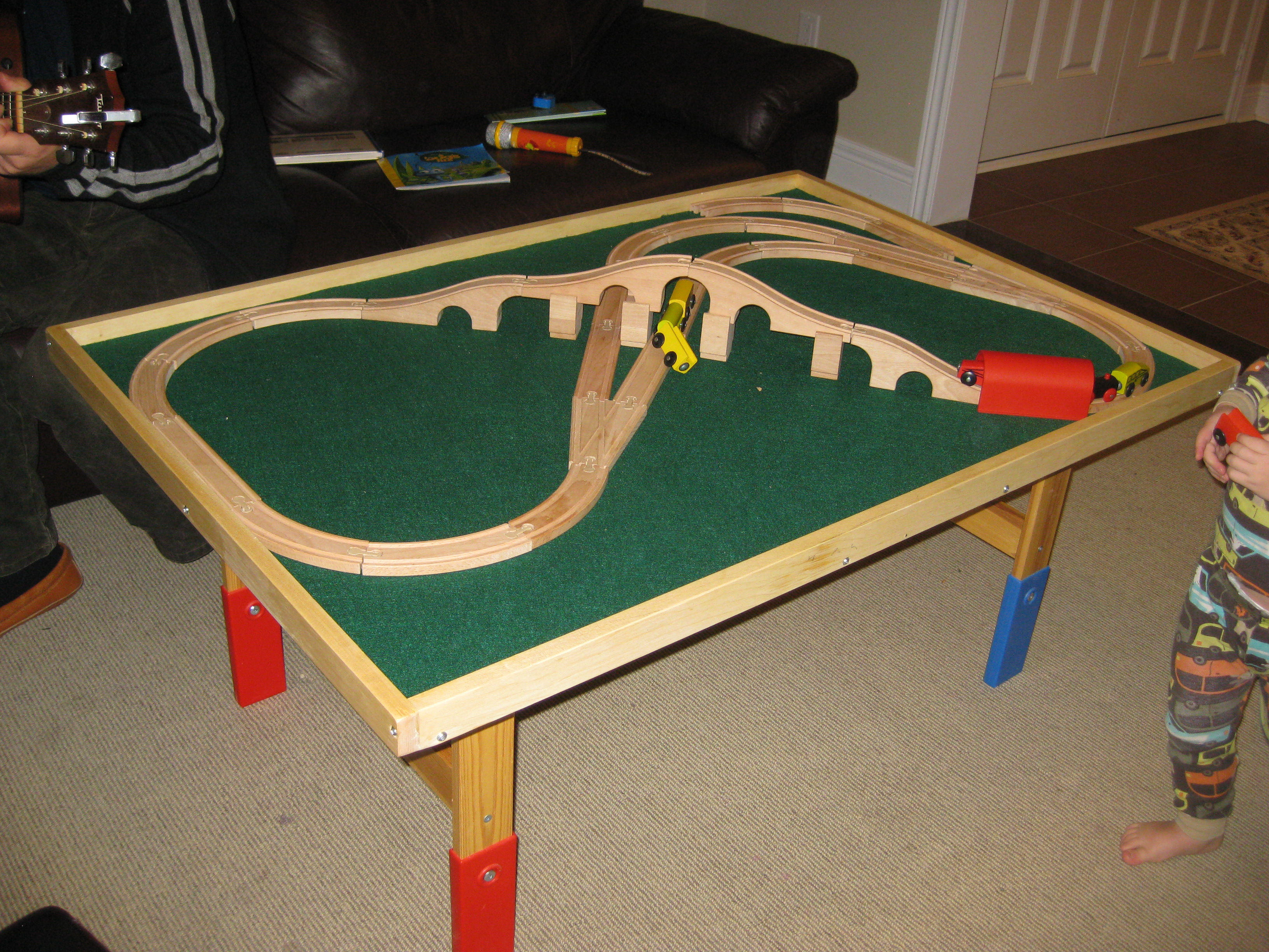Ana white train table diy projects train table solutioingenieria Image collections