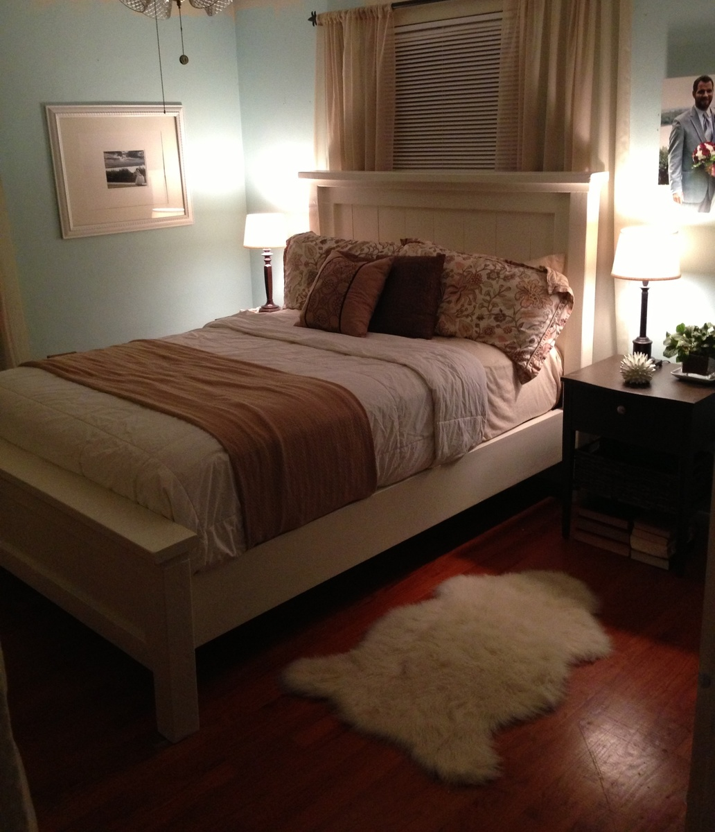 Ana White   Queen Farmhouse Bed   DIY Projects