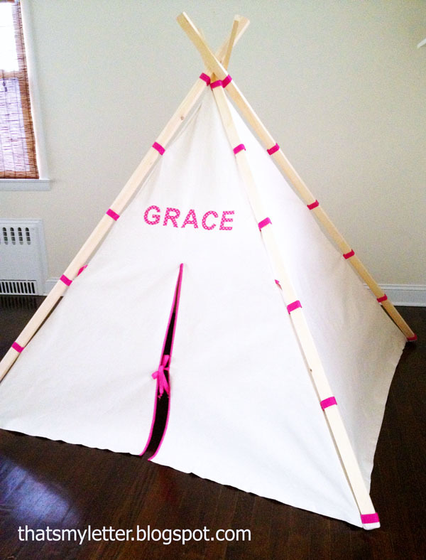 Jaime spent about $40 and three hours total on this teepee (compared to $250!!!!) and even added the name on the front! & Ana White | Easiest Play TeePee Tutorial - DIY Projects