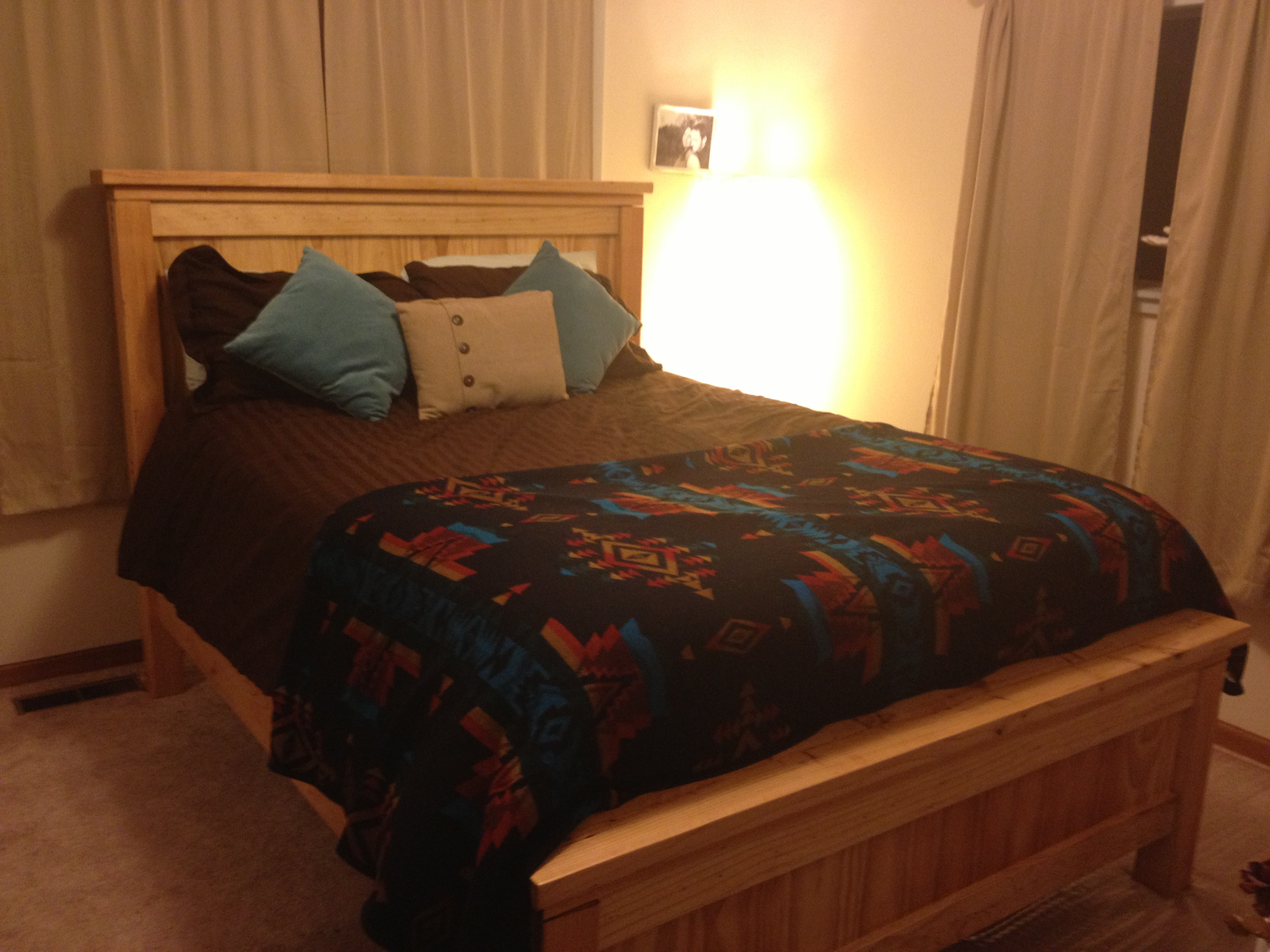 Ana White   Queen Farmhouse Bed with Natural Finish   DIY ...