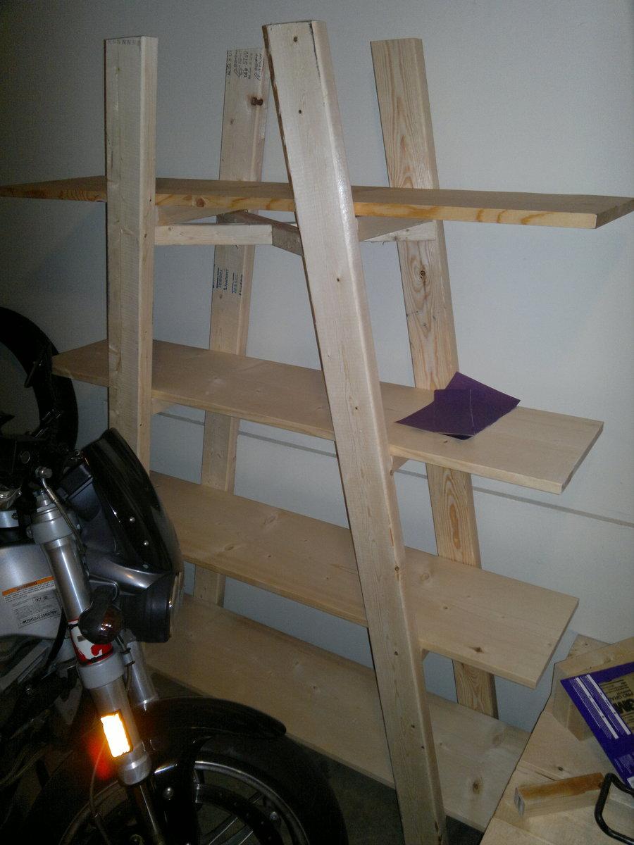 upside down V bookshelf | Ana White