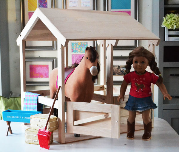 Ana white horse stables for american girl or 18 dolls for Building a horse stable