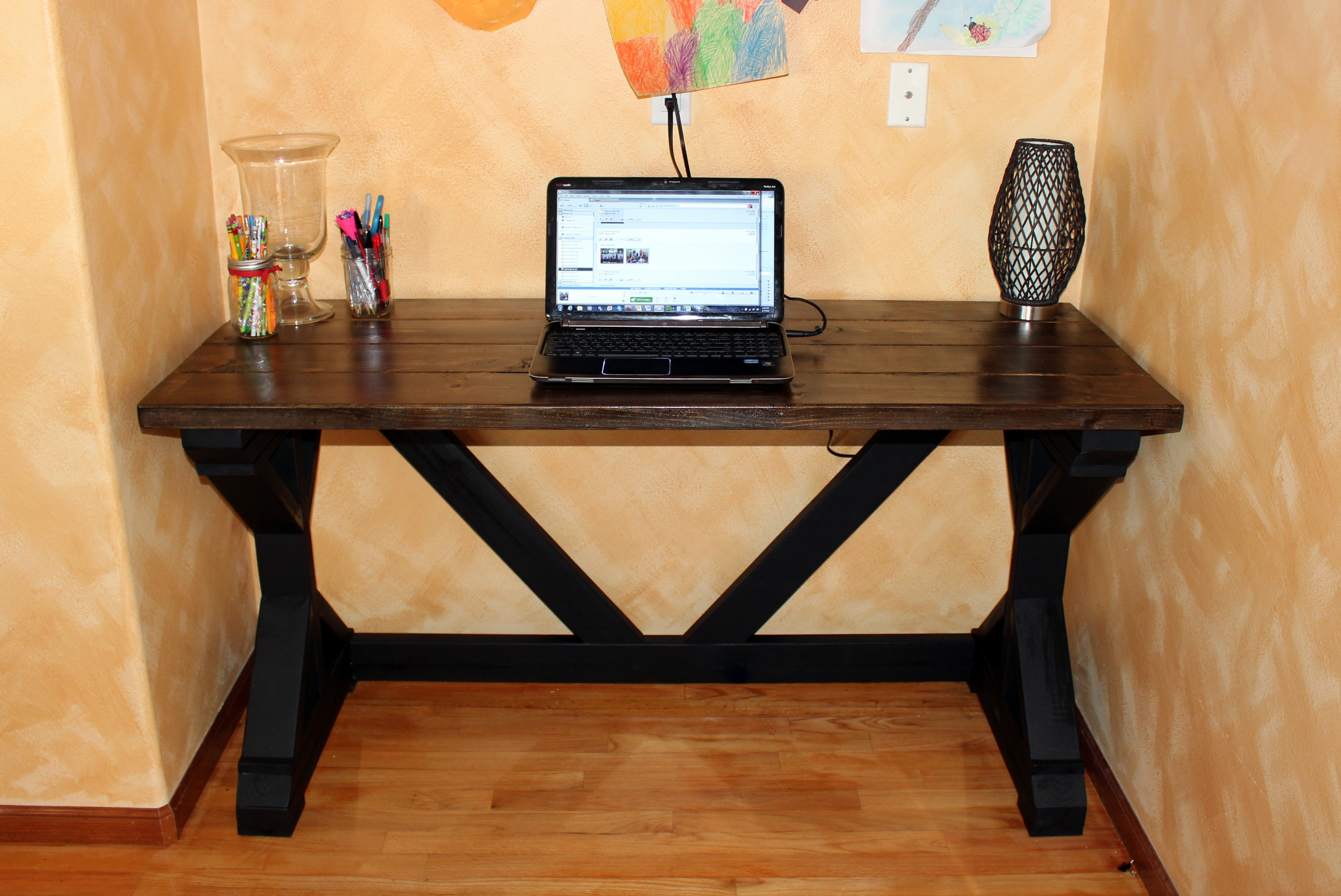 Fancy Desk Ana White  My First Build  The $55 Fancy X Desk  Diy Projects