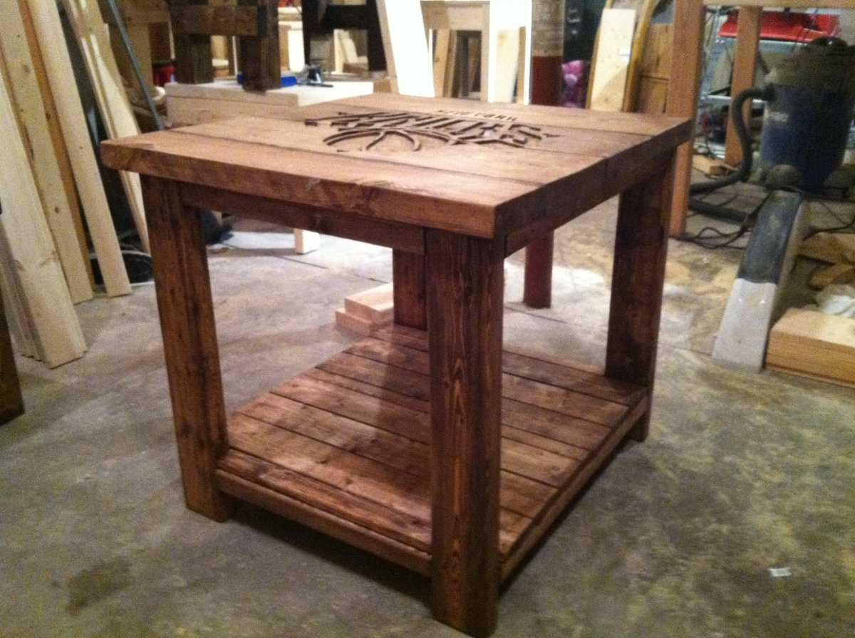 Ana white rustic logo end table diy projects for Side table plans