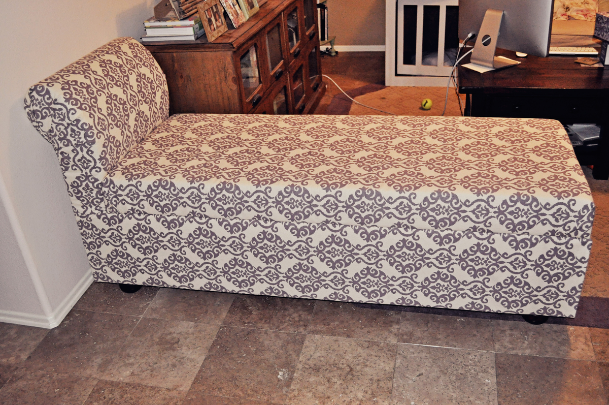 Ana white storage chaise lounge diy projects for Build a chaise lounge