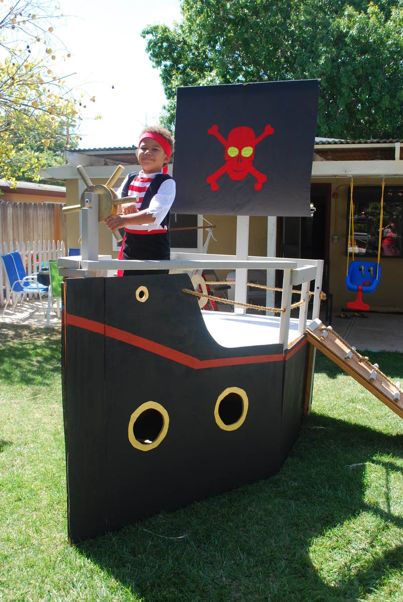 ana white pirate ship for my sons pirate party diy projects