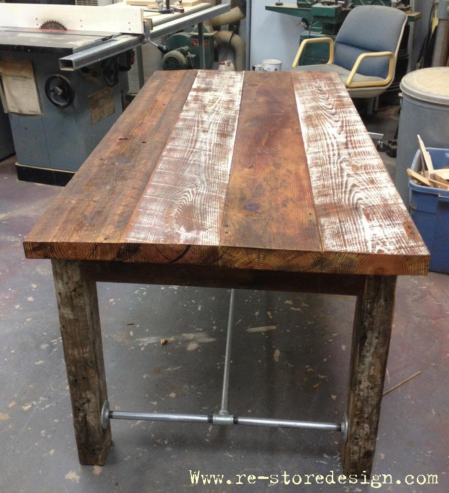 Charmant Reclaimed Wood Farm Table