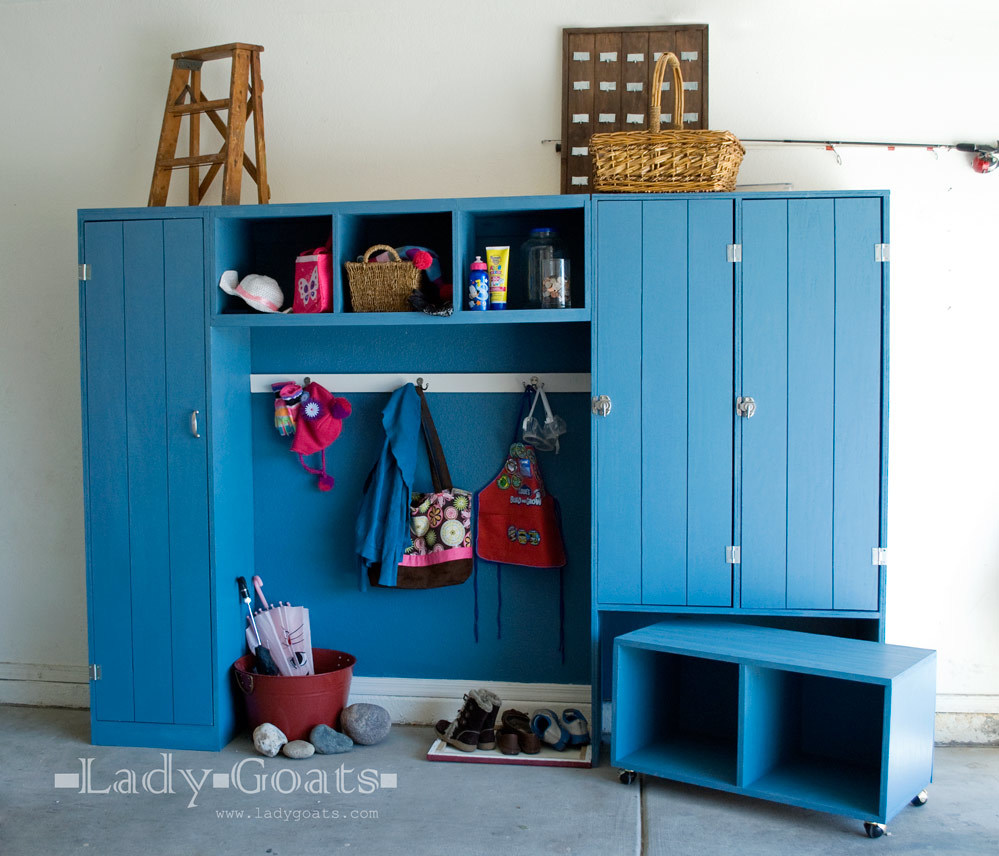 ... Entryway Mudroom System - Pullout Rolling Bench Cart - DIY Projects