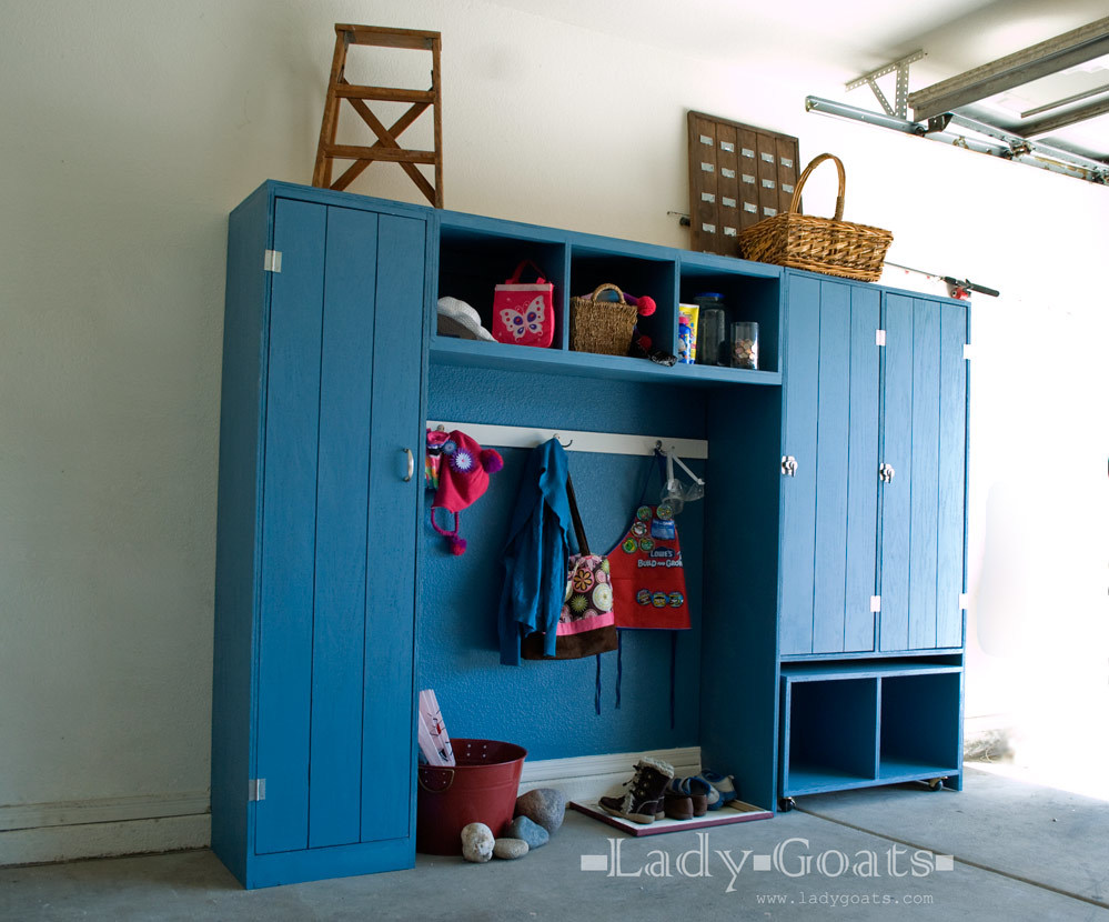Mudroom Storage Systems : Ana white modular family entryway mudroom system