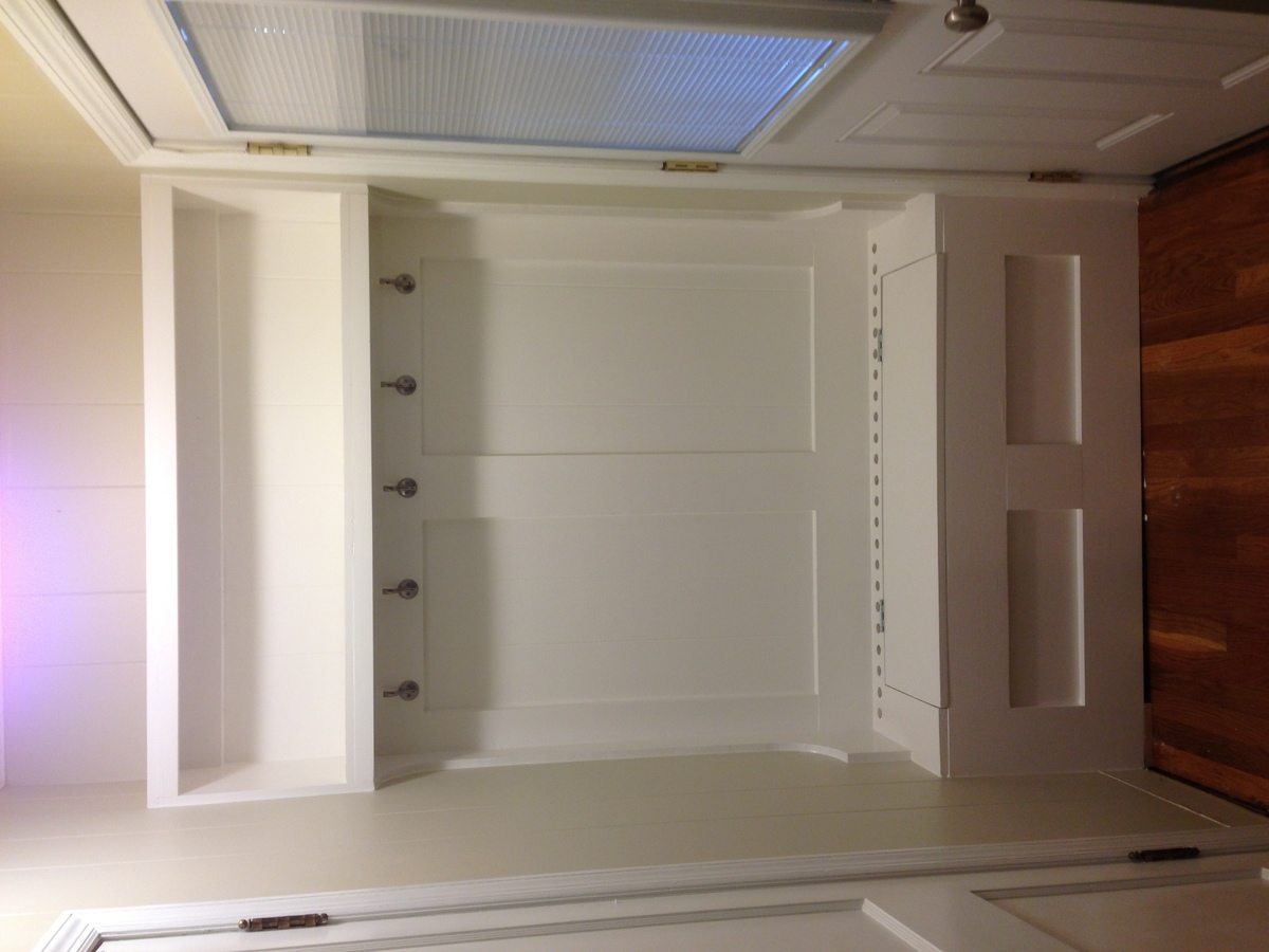 Ana white built in hall tree heated diy projects for Cost to build a mudroom