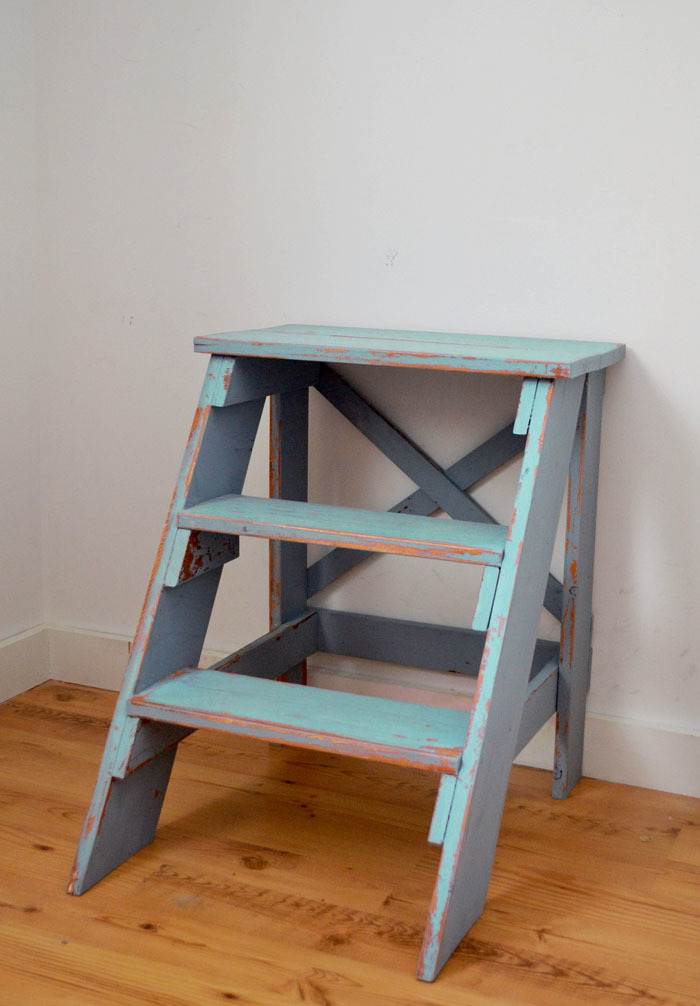 Ana White | Vintage X Back Step Stool End Table - DIY Projects