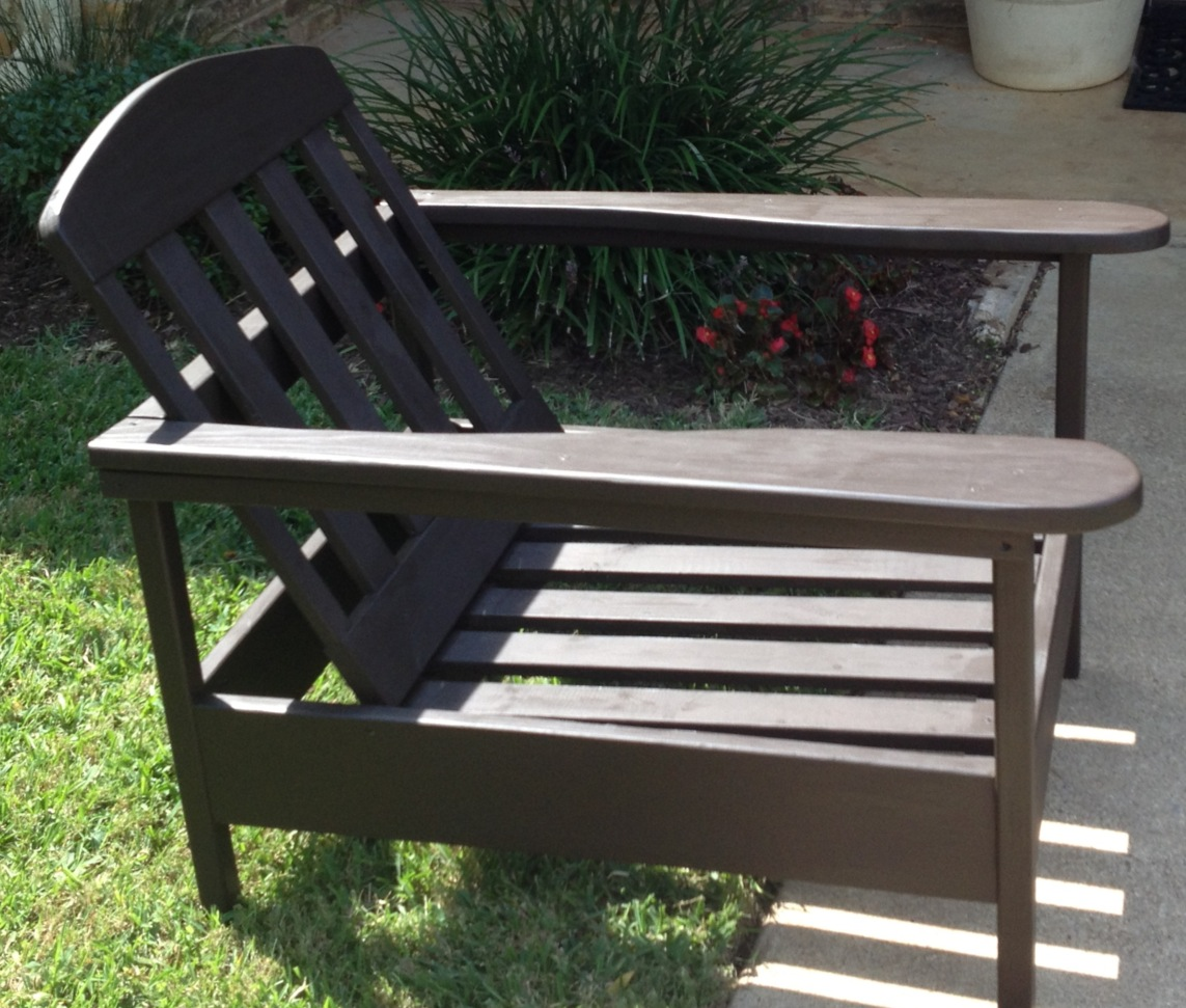 Simple Outdoor Kitchens: Simple Outdoor Chair With Larger Arms - DIY