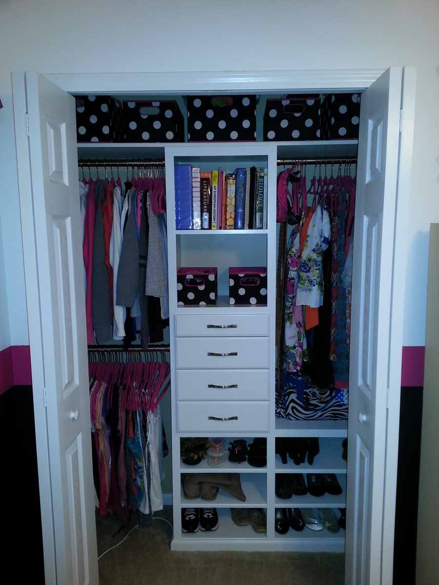Ana white custom kids closet diy projects Pictures of closet organizers