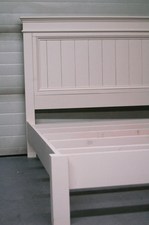 Elegant Free plans to build a fancy farmhouse bed in king size from Ana White Inspired by Pottery Barn Somerset bed