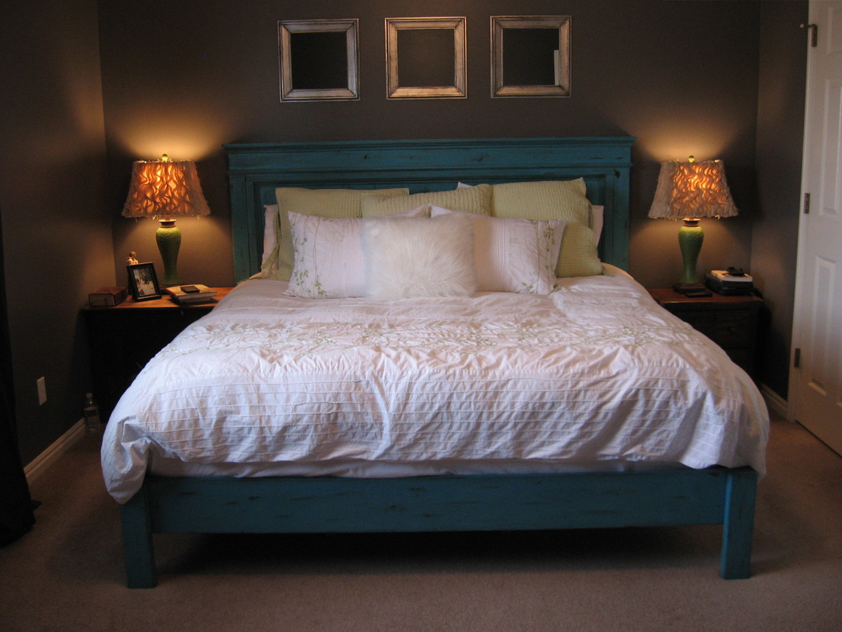 Great King Size Fancy Farmhouse Bed