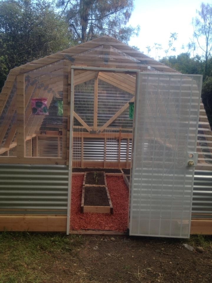 Ana white barn greenhouse diy projects solutioingenieria Gallery