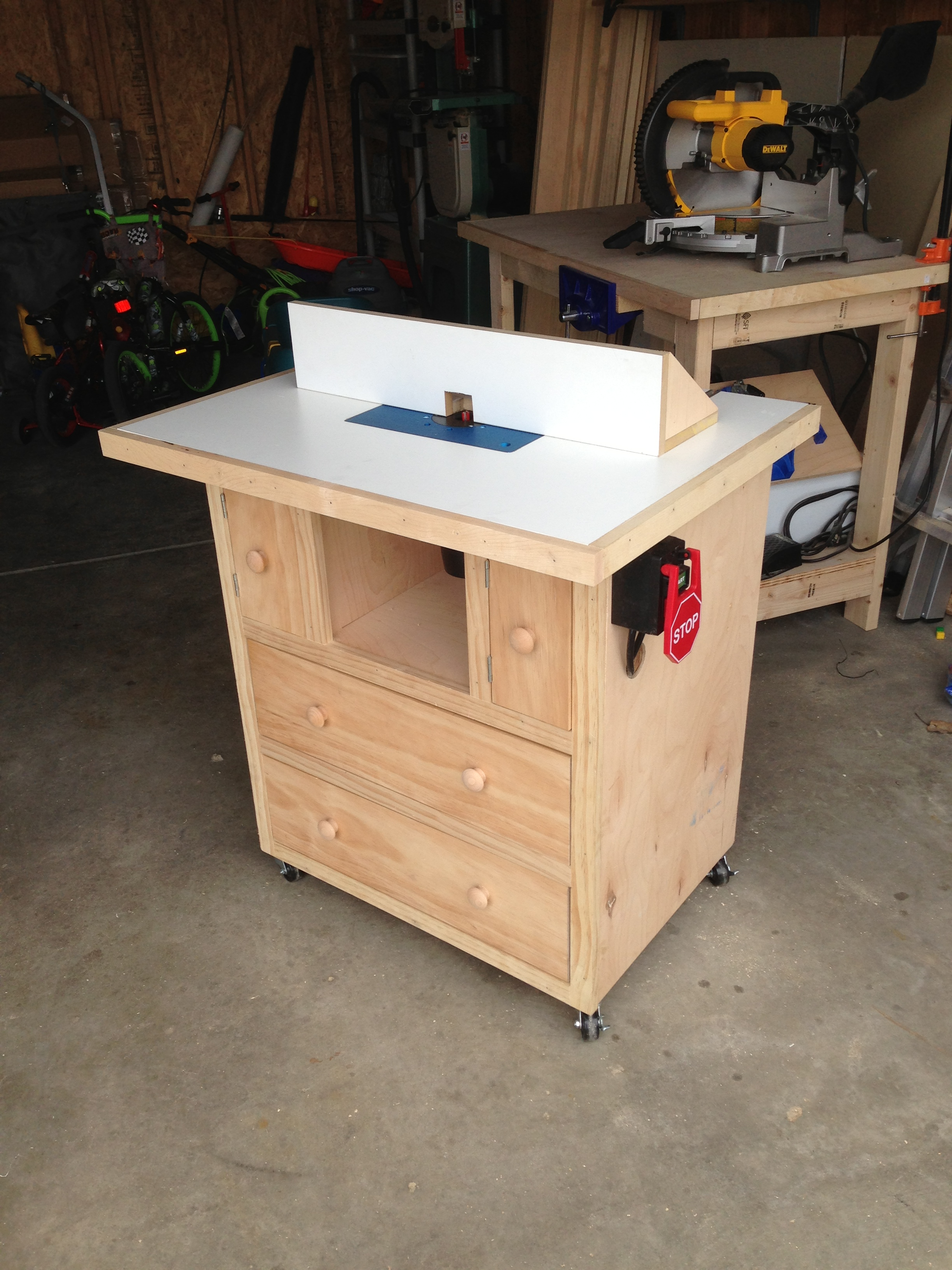 Ana white router table diy projects keyboard keysfo Images
