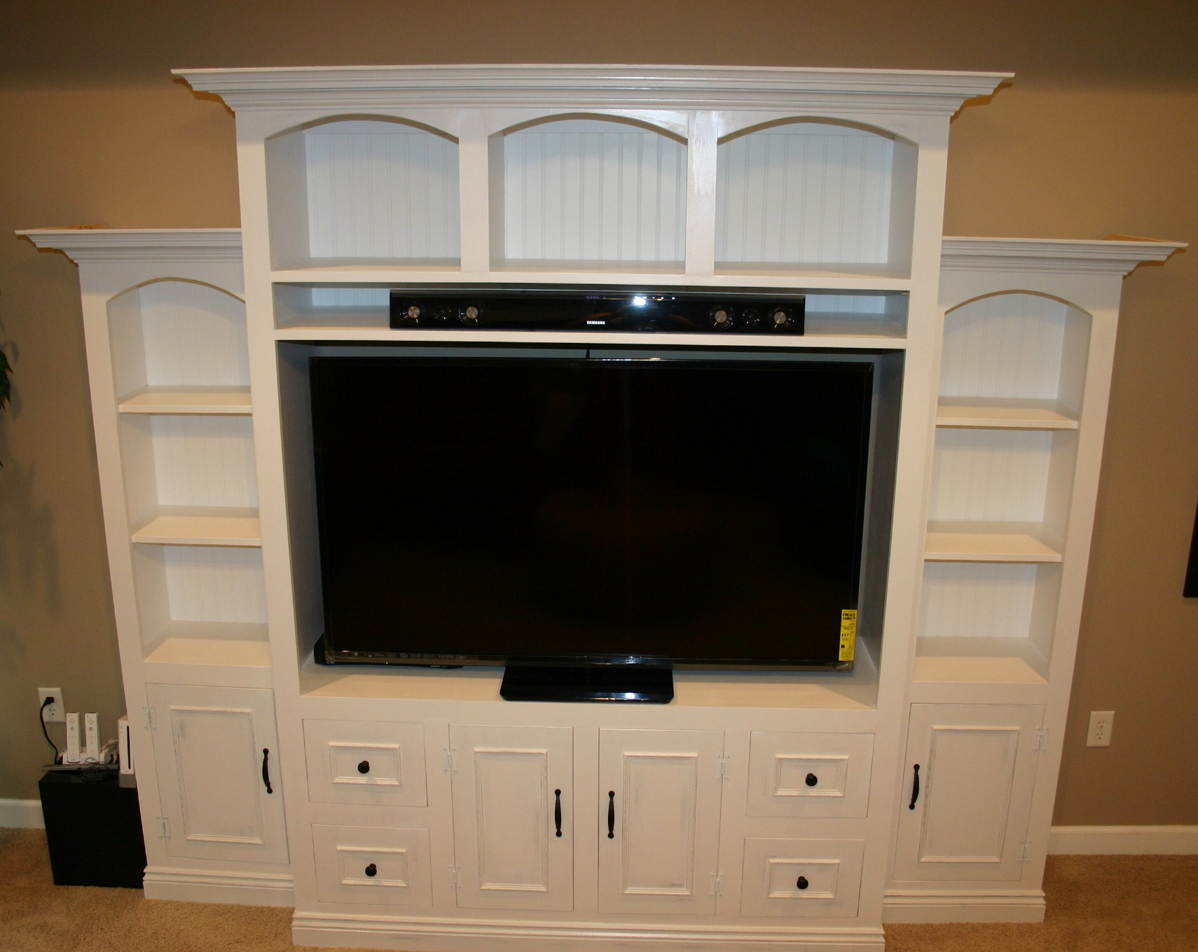 Ana White Entertainment Center For 60 Flat Screen Led Tv Diy Projects