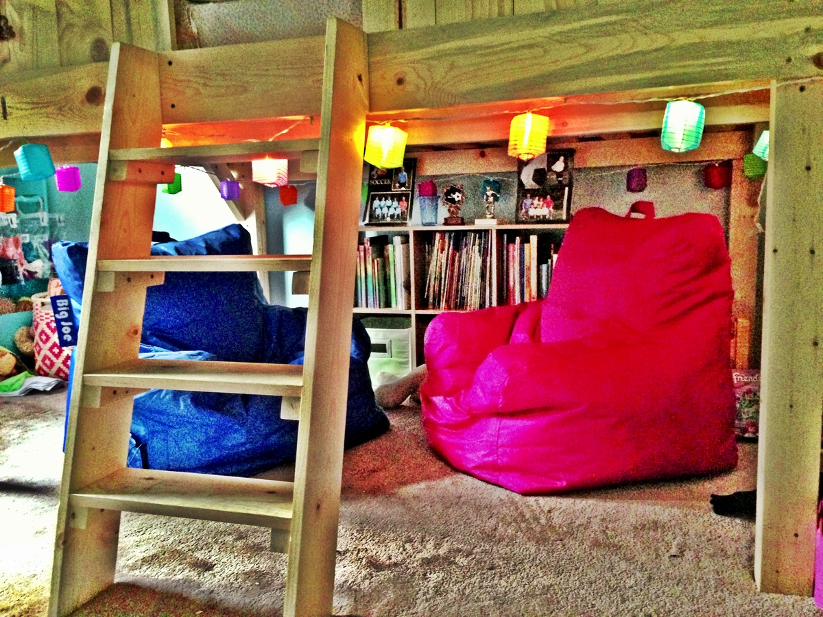 Do It Yourself Home Design: Surf Shack Loft Bed - DIY Projects