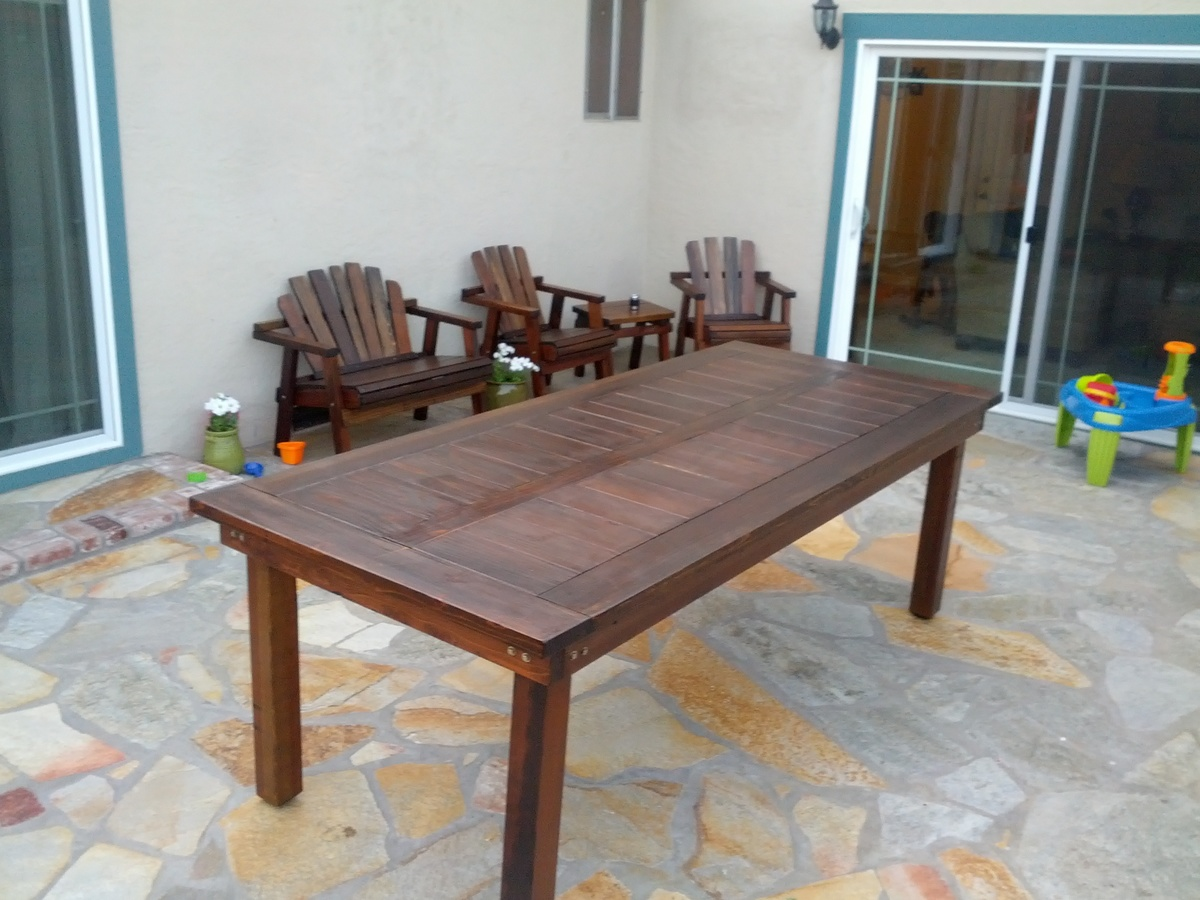 Ana White Oversized Redwood Heavy Duty Outdoor Dining Table Diy Projects