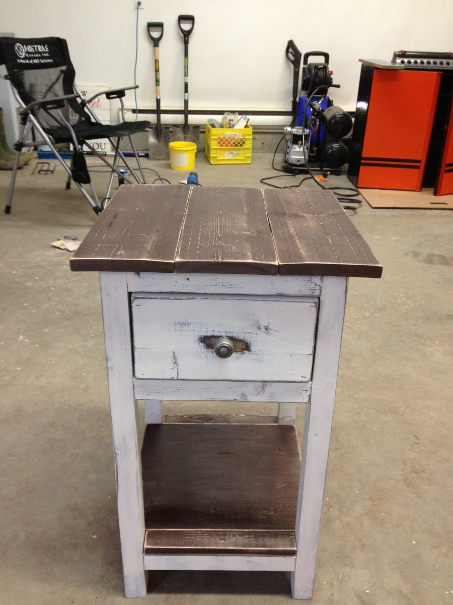 Ana White Rustic Mini Farmhouse Bedside Table Diy Projects