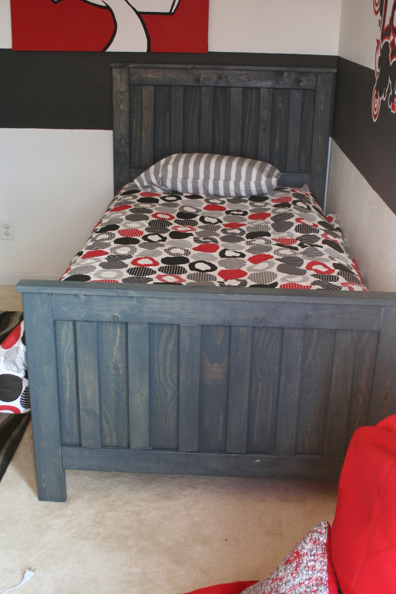 Minwax Charcoal Grey Ana White Helloheres My Version Of The Kentwood Twin Bed My