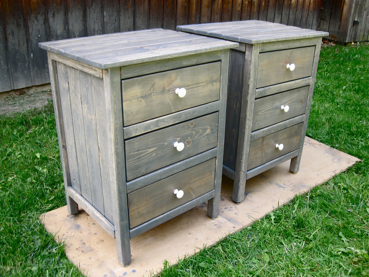Ana white 3 drawer night stands diy projects for White wood nightstand