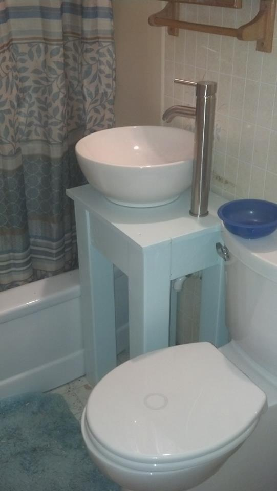 Small Country Vessel Sink Vanity