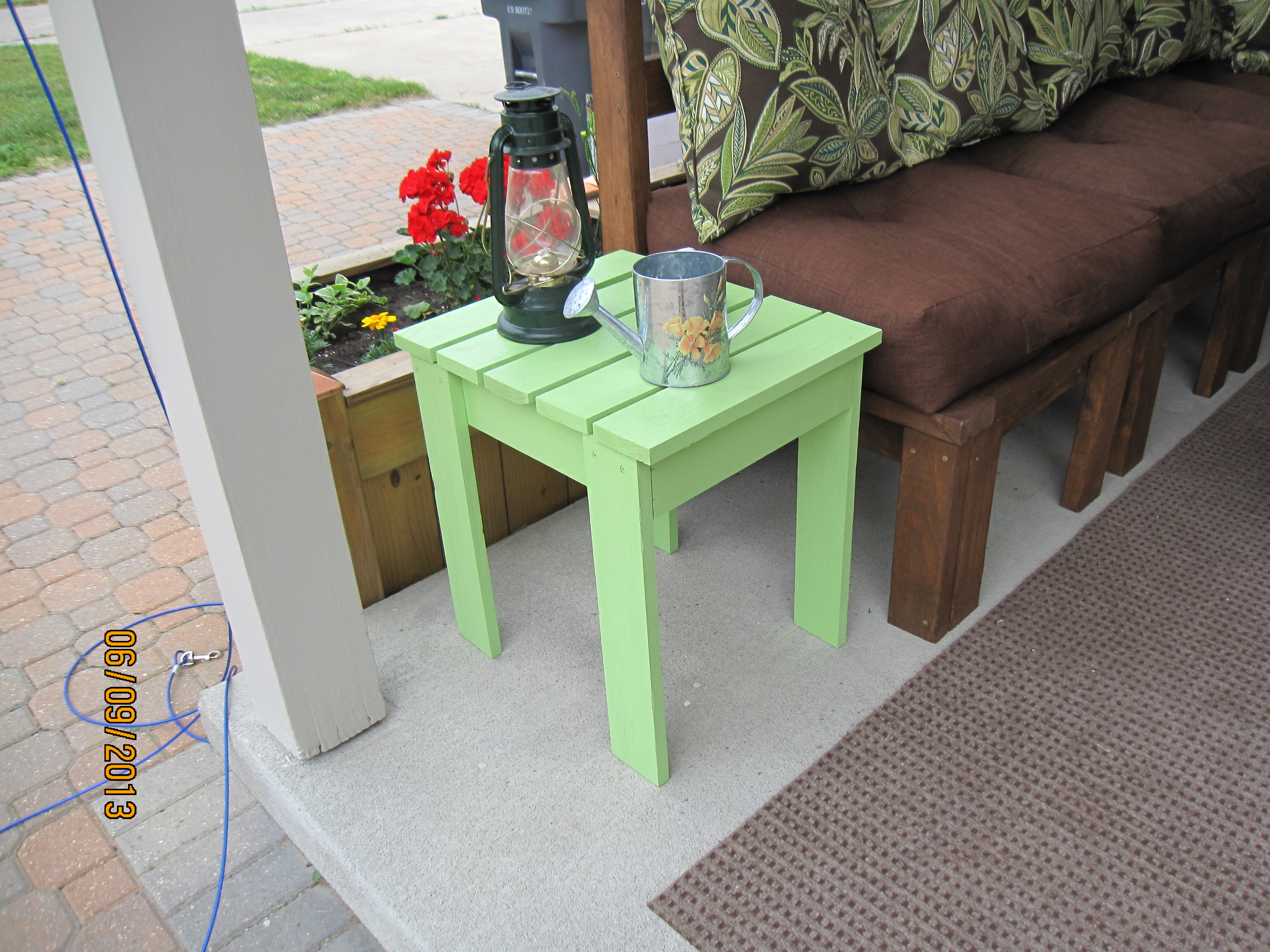 Ana white outdoor end table diy projects outdoor end table solutioingenieria Image collections