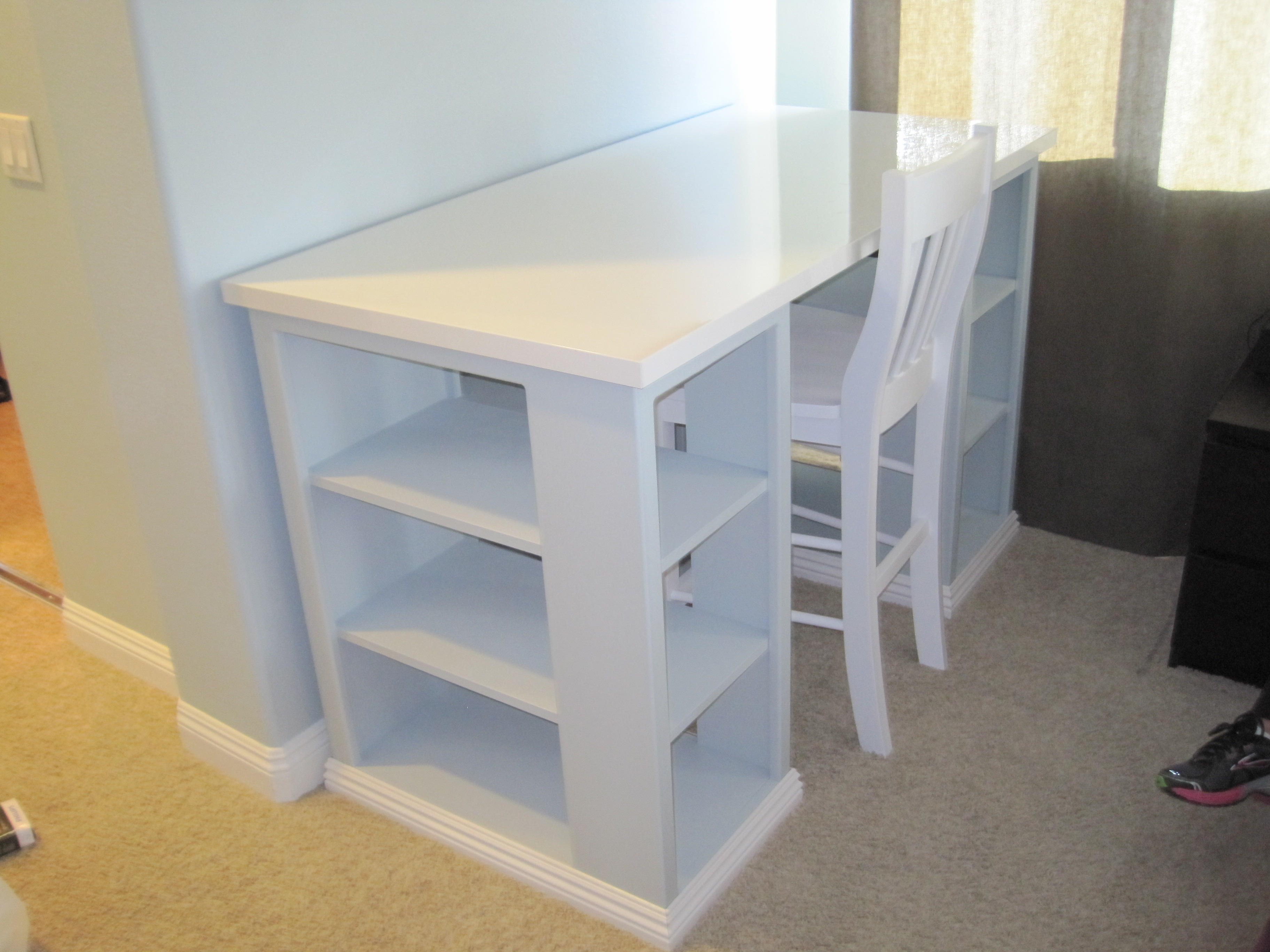 ana white craft table white modern craft table modified diy projects 3337