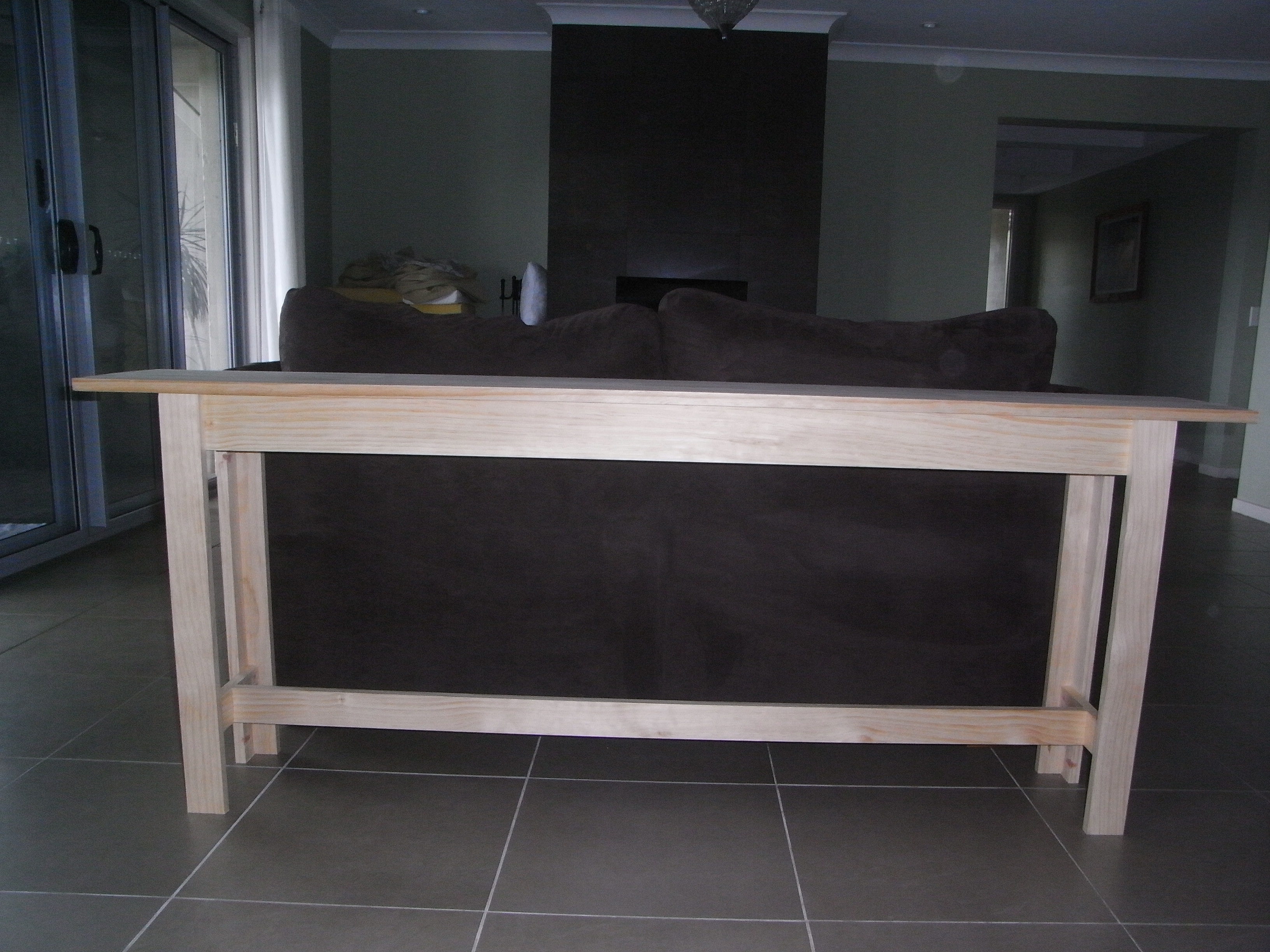 Picture of: Diy Couch Table