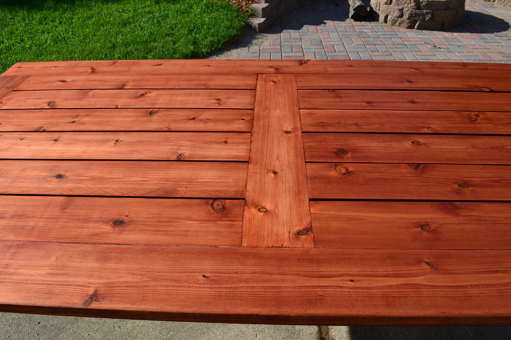 Exceptionnel Beautiful Cedar Patio Table