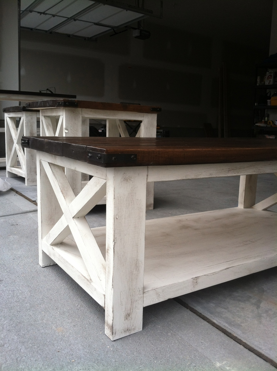 Ana white rustic x coffee table diy projects rustic x coffee table geotapseo Image collections