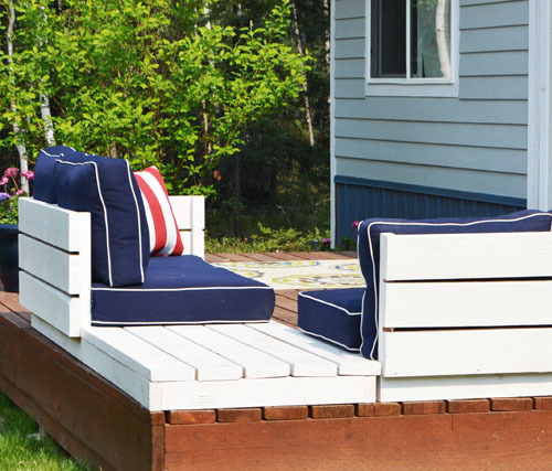 Ana white platform outdoor sectional with end table for Outdoor sofa plans