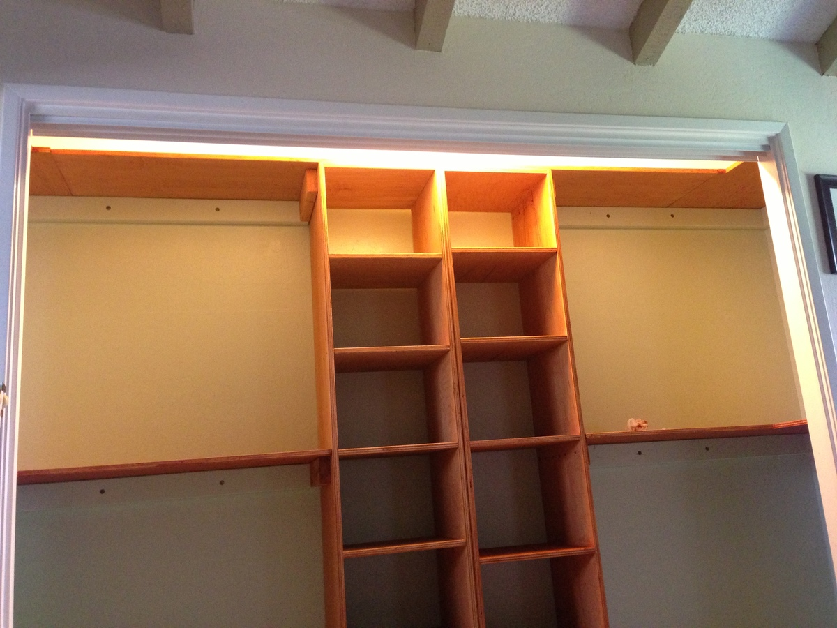 Custom Closet Organizer Based On One Piece Plywood Plans