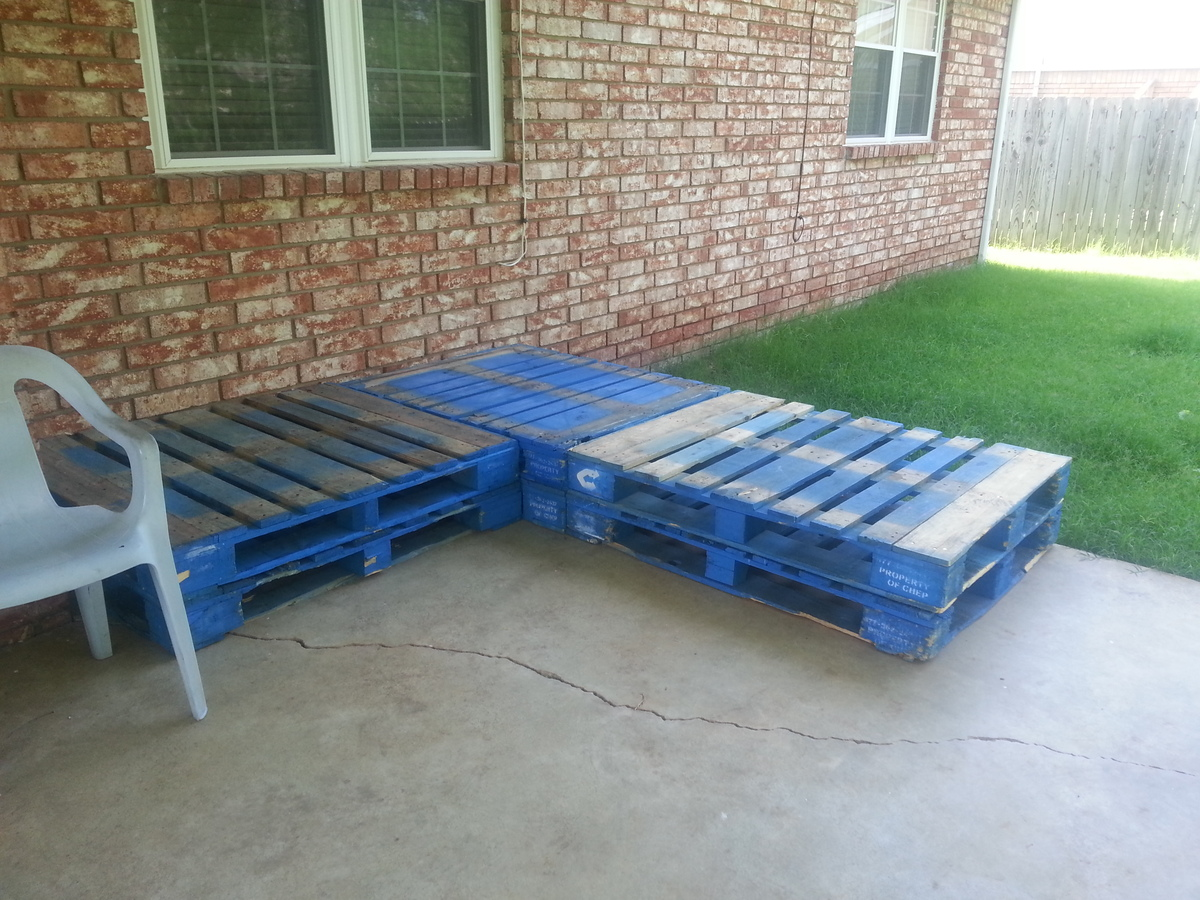Pallet patio sectional - Outdoor Seating Area From Outdoor Sectional Plan With A Twist