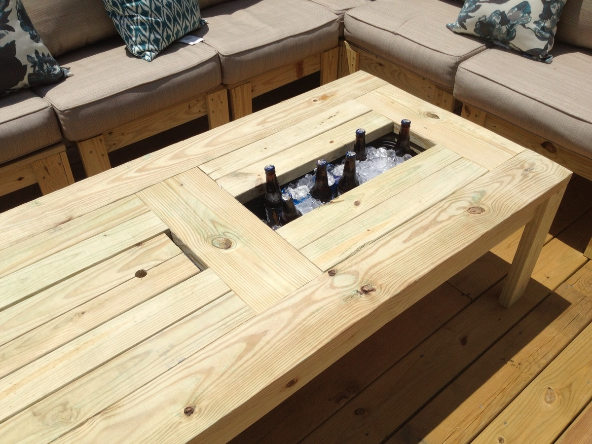Ana white coffee table for the deck diy projects Do it yourself coffee table