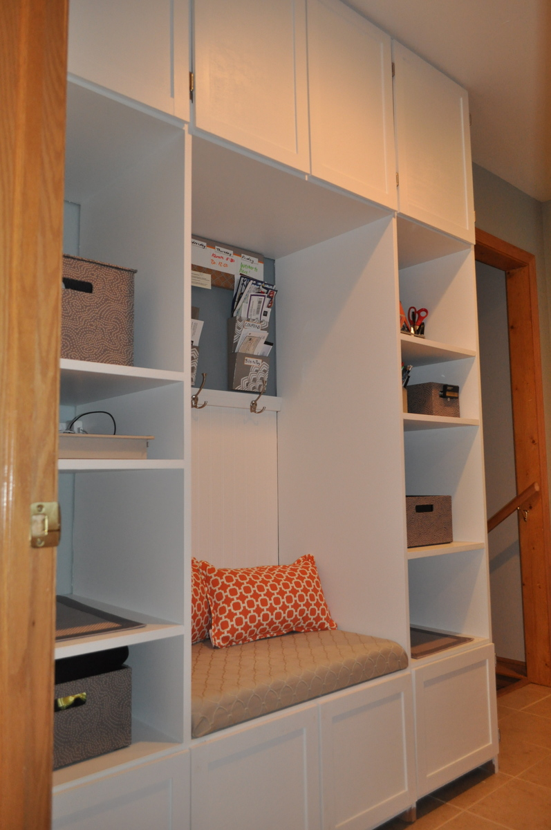 Ana White Functional Mudroom With Tons Of Storage Diy