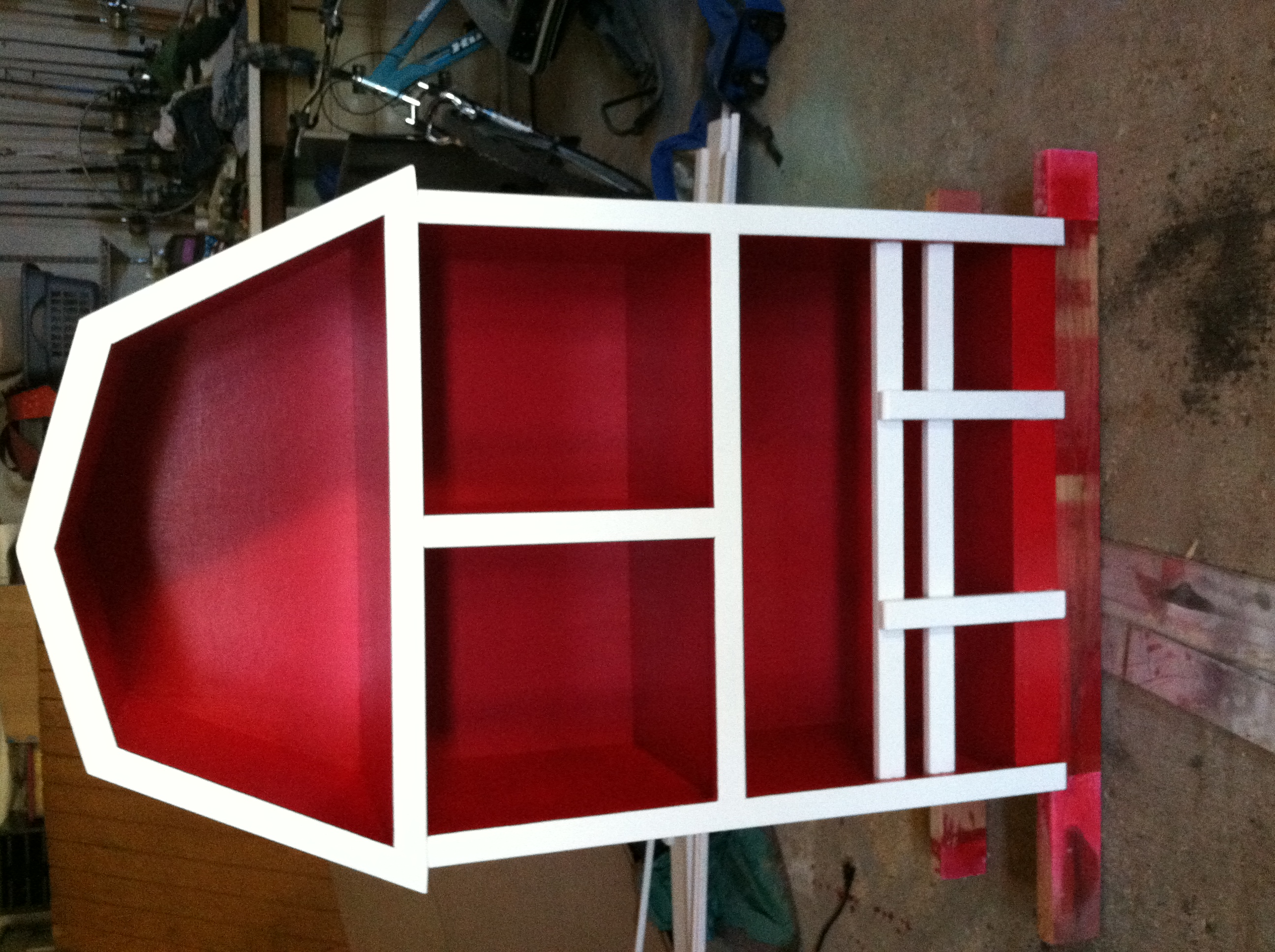 Ana White   Barn Bookshelf - DIY Projects