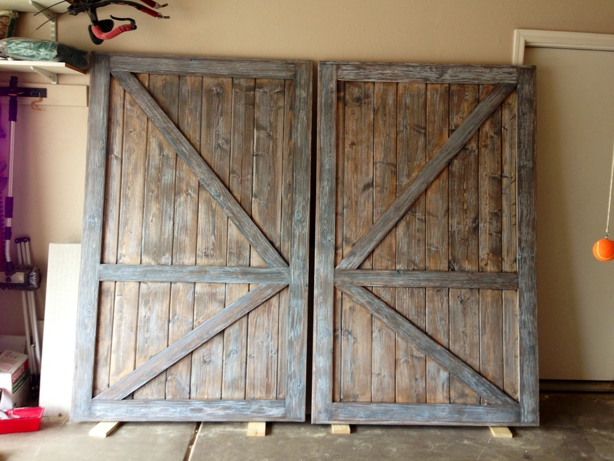 Ana white barn door closet doors diy projects barn door closet doors solutioingenieria