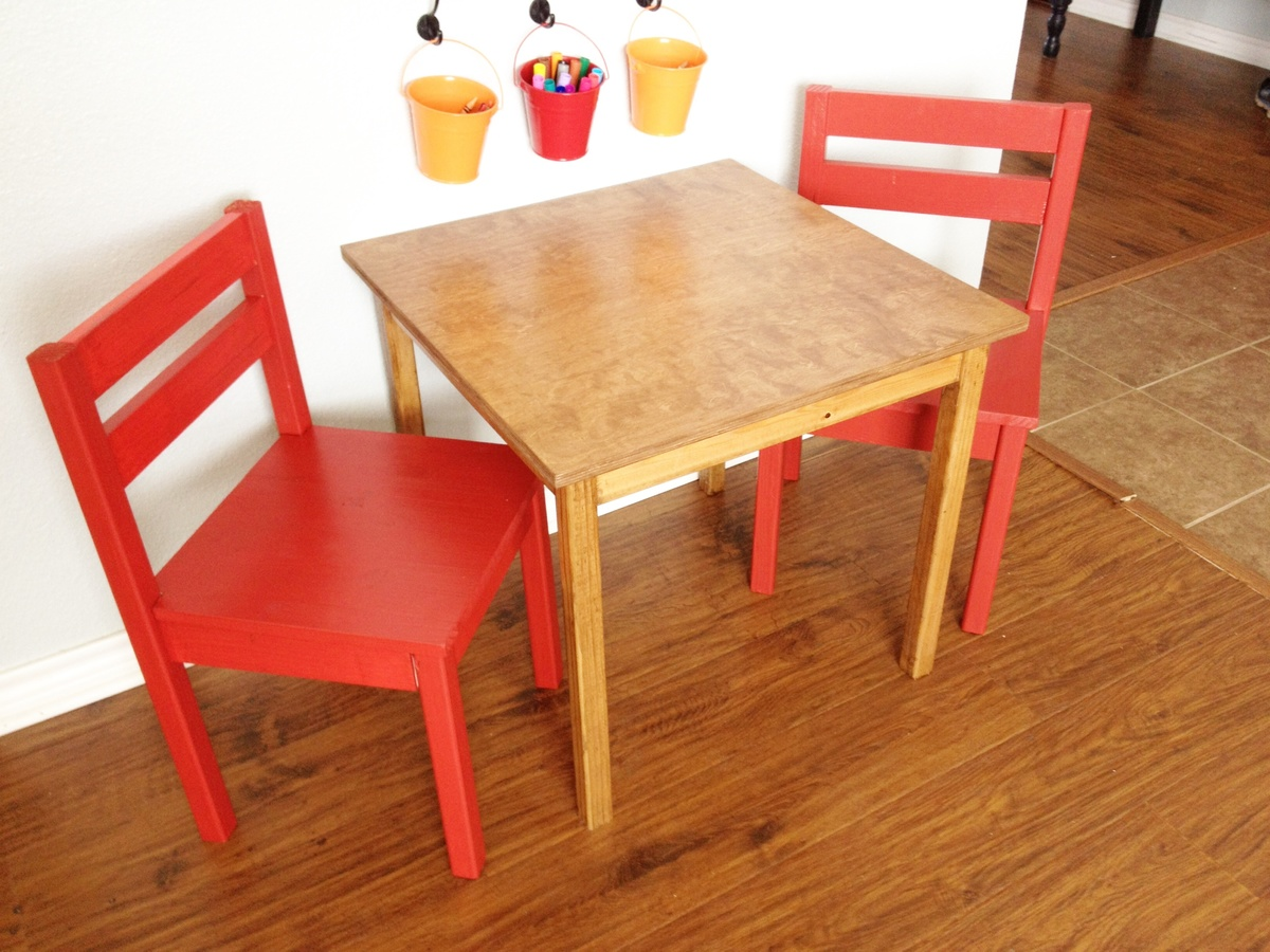 Ana White Kids Table And Chairs Diy Projects