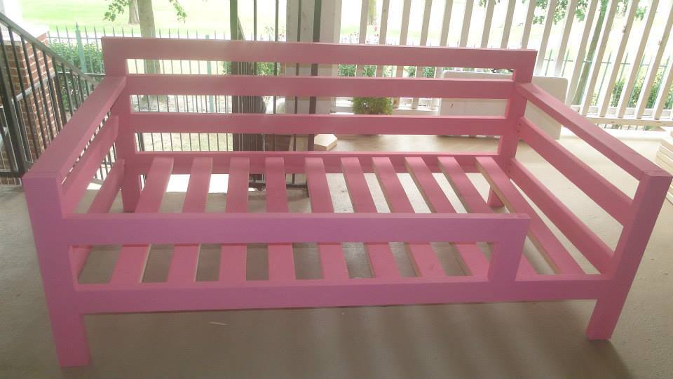 - Ana White Pink Twin Day Bed Made For A Toddler - DIY Projects