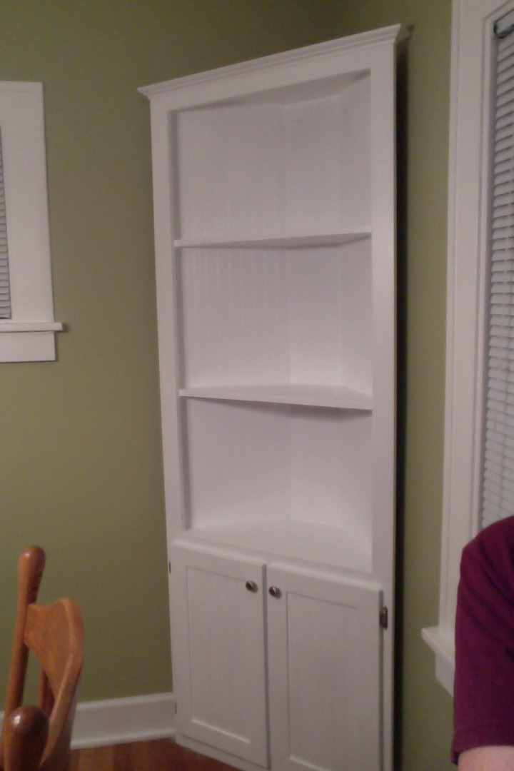Corner Cupboard In Cottage White - DIY Projects