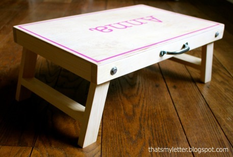 Cloth bottom lap desk