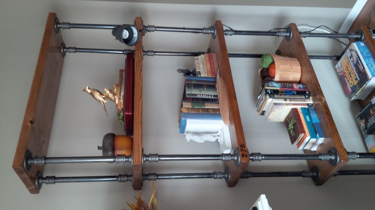 Diy industrial bookcase for Diy industrial bookshelf