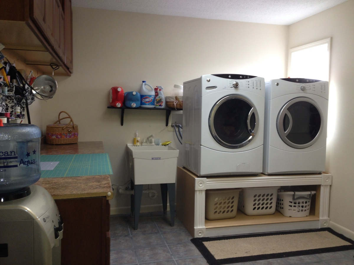 for pin space out pedestals with of small and efficient laundry pedestal underneath made wood perfect