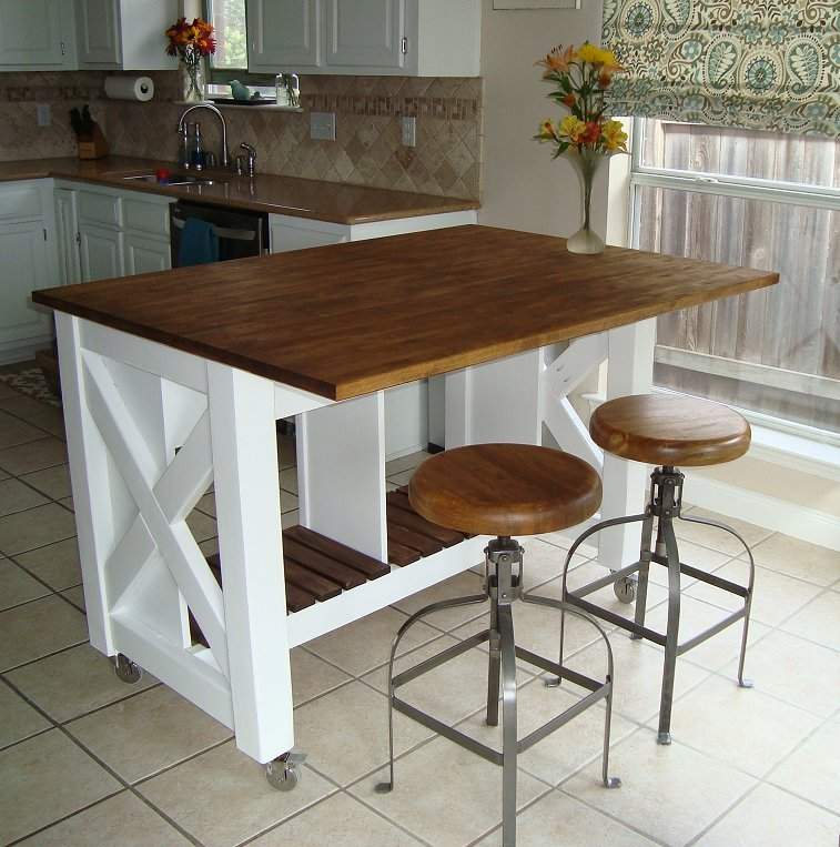 Ana white rustic x kitchen island done diy projects for Sillas para desayunador