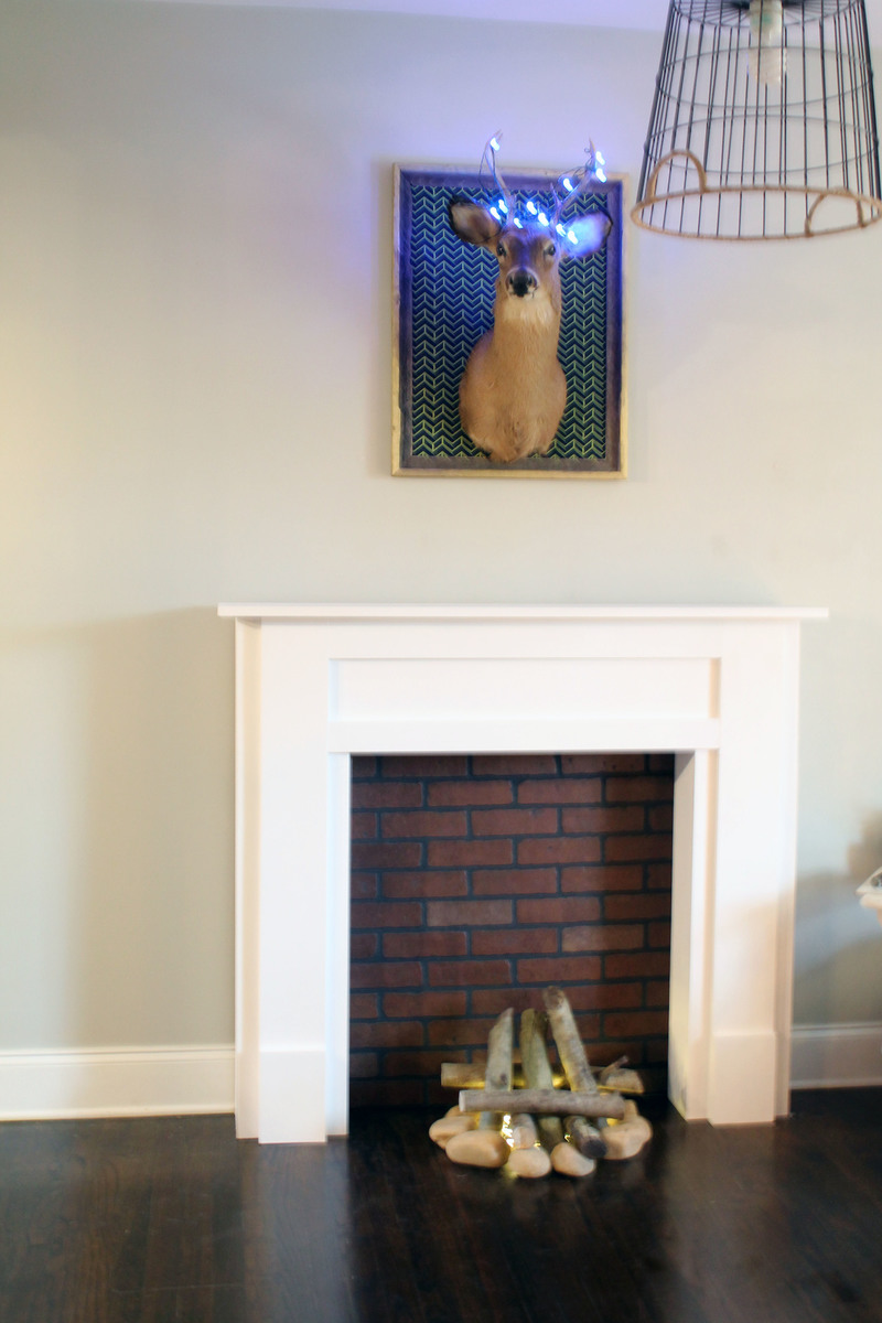 Ana White Faux Mantel With Quot Fire Quot Diy Projects